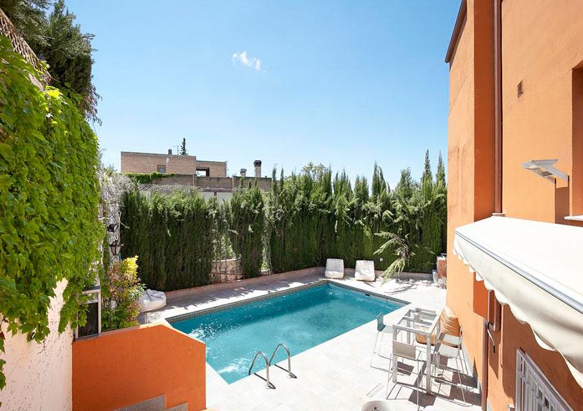 Despedidas de soltera con alojamiento en Granada